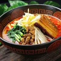 ◇豚角煮タンタン麺 豚の角煮の旨みが担担麺の辛味とマッチ!