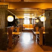 【テーブル席】 4名×3テーブル