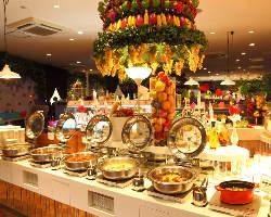 幻想的な当店の空間で楽しく、美味しい時間をお過ごしください!