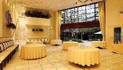 ガーデン付きの一棟で、会場全体を自由に使用することが可能。