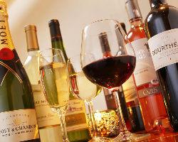 常時20種類以上のワインをご用意しています