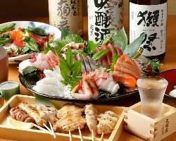 刺身盛や串焼き盛など、お酒がススム絶品料理が勢揃い!