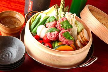 馬肉料理と蒸し野菜 型無夢荘