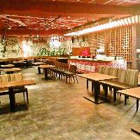 立食時最大240名様の貸切パーティー可能!ゆとりのある広々店内