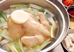 コラーゲンたっぷり!たいらの鶏スープはお肌にも優しい!