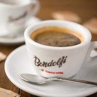 【食後はゆっくり】 ボンドルフィボンカフェのコーヒーをご用意