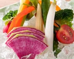 ★旬野菜のバーニャカウダ 新鮮野菜を特製ソースで♪