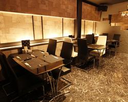 洗練された空間でこだわりの洋食と お酒をお楽しみ下さい。。。
