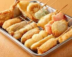 【自慢の串カツ】 一本99円〜。肉、野菜、海鮮色々あります