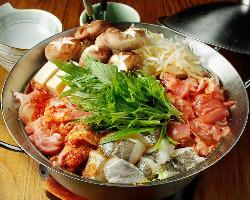 【冬季限定!鍋料理】 冬場は身も心も温まる鍋をお楽しみ下さい