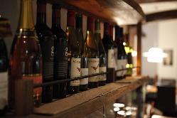 店主厳選のワインも取り揃えております!