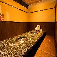 4名様〜の宴会向け個室をご用意しております。
