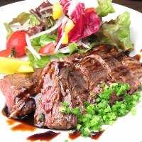 自慢の和牛を肉寿司で召し上がれ!まさに絶品です!