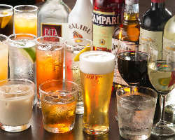 [充実のドリンク!] 生ビール2種類の他、カクテルやウイスキーも