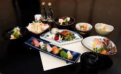三崎の旬の食材を丁寧に調理、ミシュランにも評価された和食。