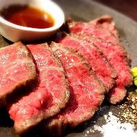 低温調理したお肉は、しっとりジューシーな魅惑の口どけです♪