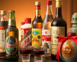 自慢の中華逸品とご一緒に人気の中国酒をどうぞ。