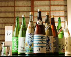 日本酒は週替りで4種ご用意しております。