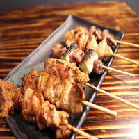 岩手地鶏、炭火焼、自家製辛味噌、昔ながらの焼鳥6本500円☆