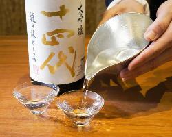 全国から厳選した地酒や紀州名産の梅酒など豊富なお酒をご用意