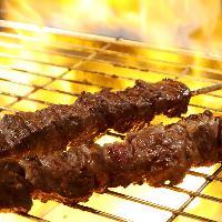 ◆ライブ感溢れる焼き場◆ 肉の匠が丁寧に焼き上げます