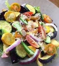 四季折々の三浦半島の野菜を使用したサラダがおすすめ!