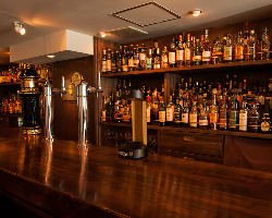 ウイスキーを中心に各種スピリッツをご用意。