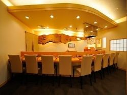 極みにある天ぷらを食べながらお楽しみください。