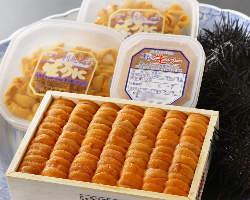 [雲丹料理] 北海道より届くミョウバン不使用の塩水雲丹は絶品!