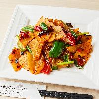 中国人シェフが仕立てる本格中華料理や点心を多数ラインナップ