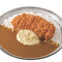 手仕込豚ヒレ勝つカレー+半熟タマゴタルタルソース