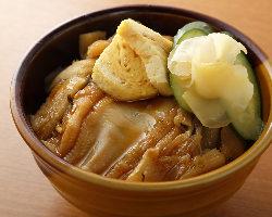 日本酒を引き立たせる一品料理が多数有り!