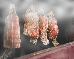 手作り無添加スモーク料理!!自家燻製窯&桜チップてじっくり燻製