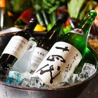 人気銘柄やこだわりの日本酒、焼酎、ワイン取り揃えてます!!
