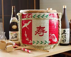 歓迎会・送別会・新年会に◎宴会演出に便利な樽酒サービス