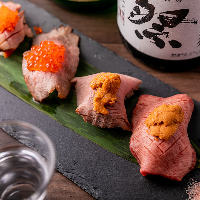 【和牛肉寿司】 ウニやいくらをのせた華やかな和牛肉寿司を堪能