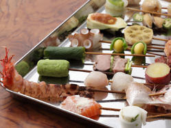 すべての串で、上質な食材の風味を存分に愉しめる。