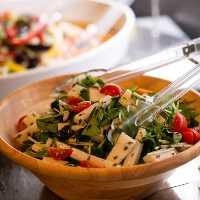 当店自慢のこだわり惣菜をバイキング形式でお楽しみください。