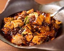 単品メニュー一番人気は麻婆豆腐!四川の味でお酒とご飯がススム