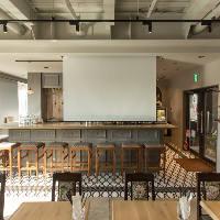 スクリーン利用やローパテーションなど多種多様な宴席に対応可能