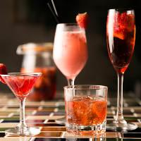 旬のフルーツを使った季節限定のウイスキーやカクテルも人気です