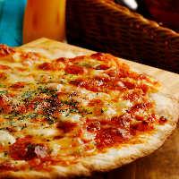3時間飲み放題付で自慢のミラノ風ピザが90分食べ放題のコース