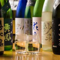 鮮助厳選、お料理に合う厳選日本酒を40種以上常備!