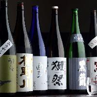 【全国の地酒】 グラスで500円(税抜)~ご用意しております