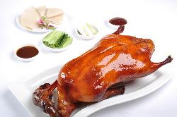 定番の北京ダック(皮、炒め物、スープ付き)