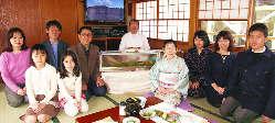 江戸前寿司職人が同乗する贅沢なプランも大変人気です。