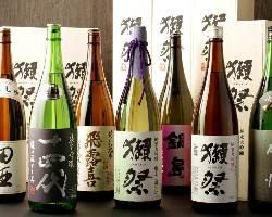 [エリア屈指!] 人気の日本酒を各種ご用意!!迷ったらスタッフまで!