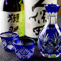 全国各地から取り寄せた銘酒を豊富にご用意しております。