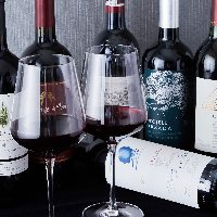 種類豊富なワインを取り揃えております。