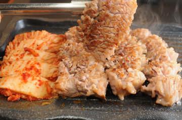 韓国料理 生サムギョプサル食べ放題 金達莱(キンタツライ) 新大久保店 image